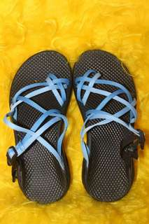 FREE SHIPPING AUTHENTIC CHACO; Size 5; 21 cm (Good as BNew)