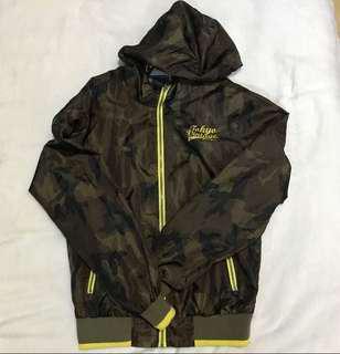 Terranova camouflage windbreaker