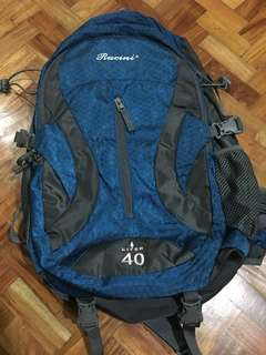 Racini 40L backpack