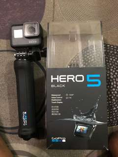 🚚 Gopro hero 5 black good condition