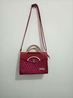 Woman Red Bag WEBE