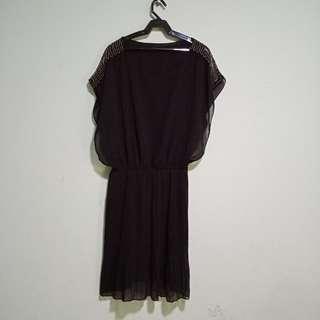 US Style Apparel Chiffon Dress with Metallic Beads