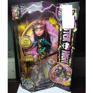 MONSTER HIGH Freaky Fusion Freaky Fusions Cleolei Doll
