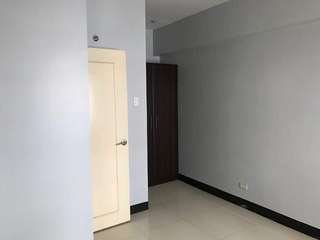 For Sale 1 bedroom unit at Mckinley, BGC