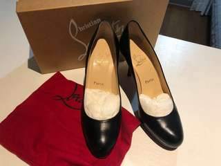 [90% new!] christian louboutin! 紅底! Classic black! 8cm pump / heels!