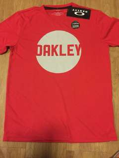 Oakley shirt large, from usa