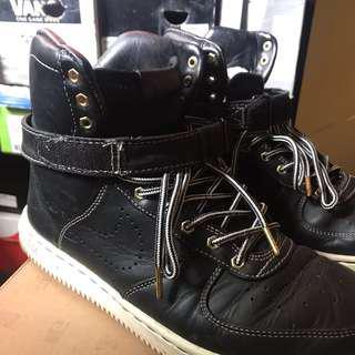 Nike Limited High Cut