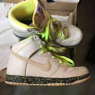 Nike High Cut