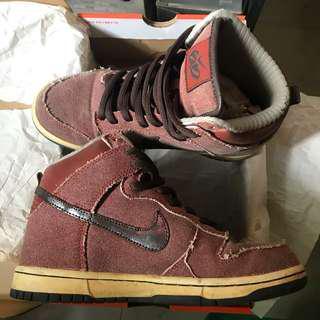 Nike Brown High Cut