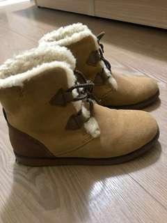 🚚 EMU 羊毛雪靴 正品