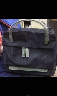 🚚 全新手提包