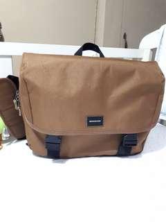 Quicksilver Messenger Bag