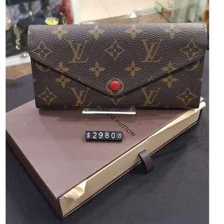 新淨LV long wallet
