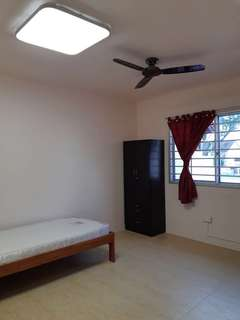 *No agent fees, no owner staying* 4 common rooms for rent, Females only.