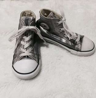 Converse Chuck Taylor High Top Sneakers (FOR KIDS)