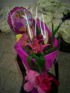 Elegant Bouquet of Stargazer