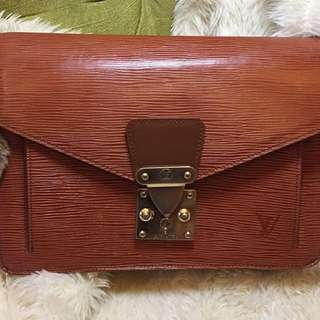 LV Clutch bag
