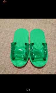 🚚 全新 綠色 童 拖鞋 涼鞋