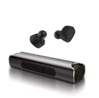 wireless bluetooth earpiece - waterproof - HQ sound - BNIB