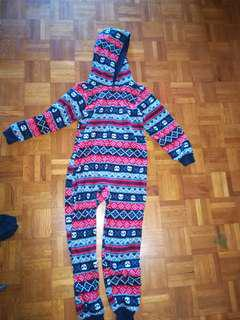 Boys onsie and pj sets. Size 7-8