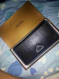 Prada wallet (Authentic quality)