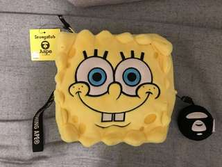 Aape X 海綿寶寶 限量版 收納袋 plush bag