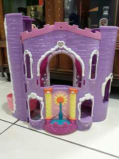 Little pony castle