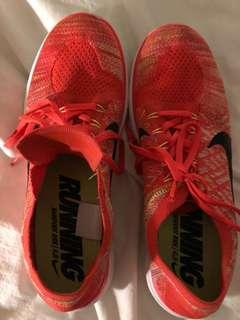 Nike Running - Size 12