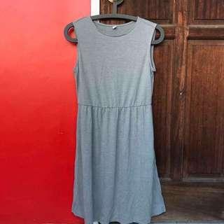 Uniqlo Gray Dress