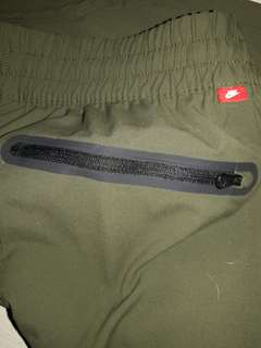 NIKE RED TAG JOGGER PANTS