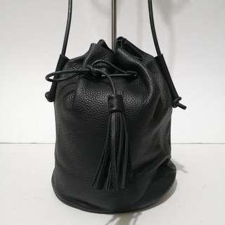 Abbott Vintage Leatherware Genuine Leather Drawstring Bucket Bag