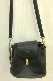 Black sling bag 👜