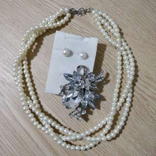 Brooch and Pearls Set