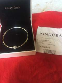 Authentic Pandora Heart of Winter Bangle (20cm)