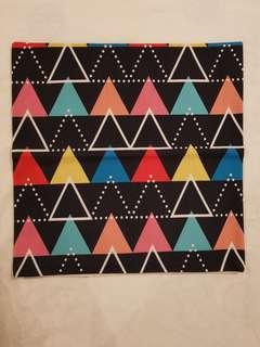 Triangle Design Throw Pillow Cover