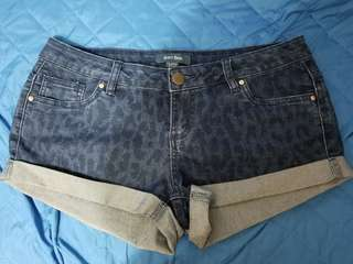 6ixty 8ight 豹紋牛仔短褲