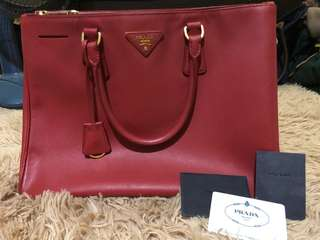 Prada Red Saffiano Leather Medium Lux Galleria Tote Bag