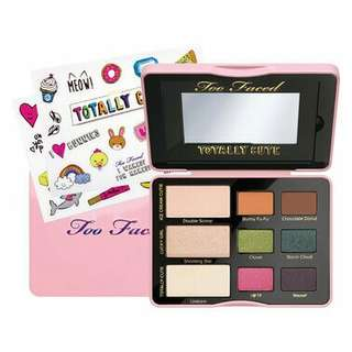 Too Faced Limited Edition Totally Cute Eyeshadow Palette