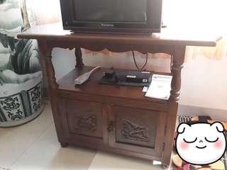 Preloved TV table/rock