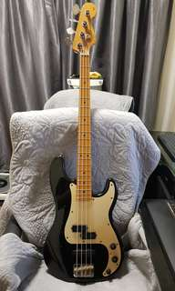 FENDER Precision Bass Special (Passive-PJ pickups) USA made. No Case