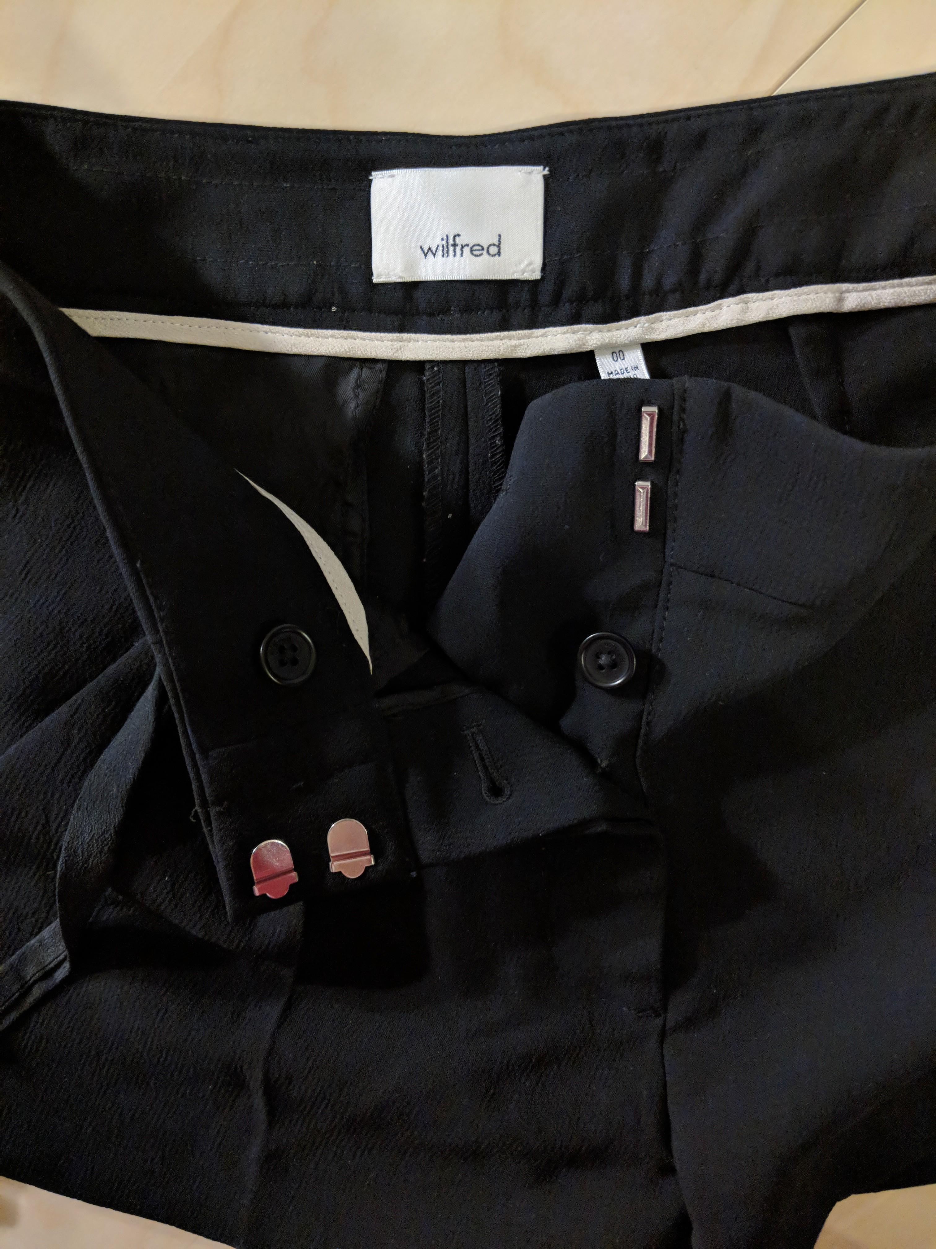Aritzia Wilfred Shorts