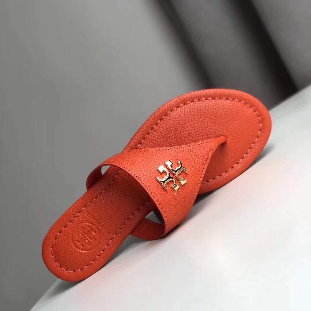 21eeb98f6d9 Authentic TORY BURCH Laura Flat Thong Tumbled Leather Sandals ...