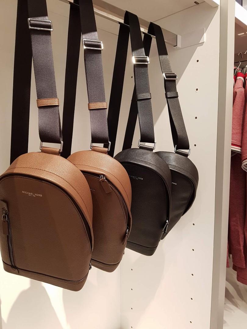 c245457dc16f Michael Kors Messenger Bag, Luxury, Bags & Wallets, Sling Bags on ...