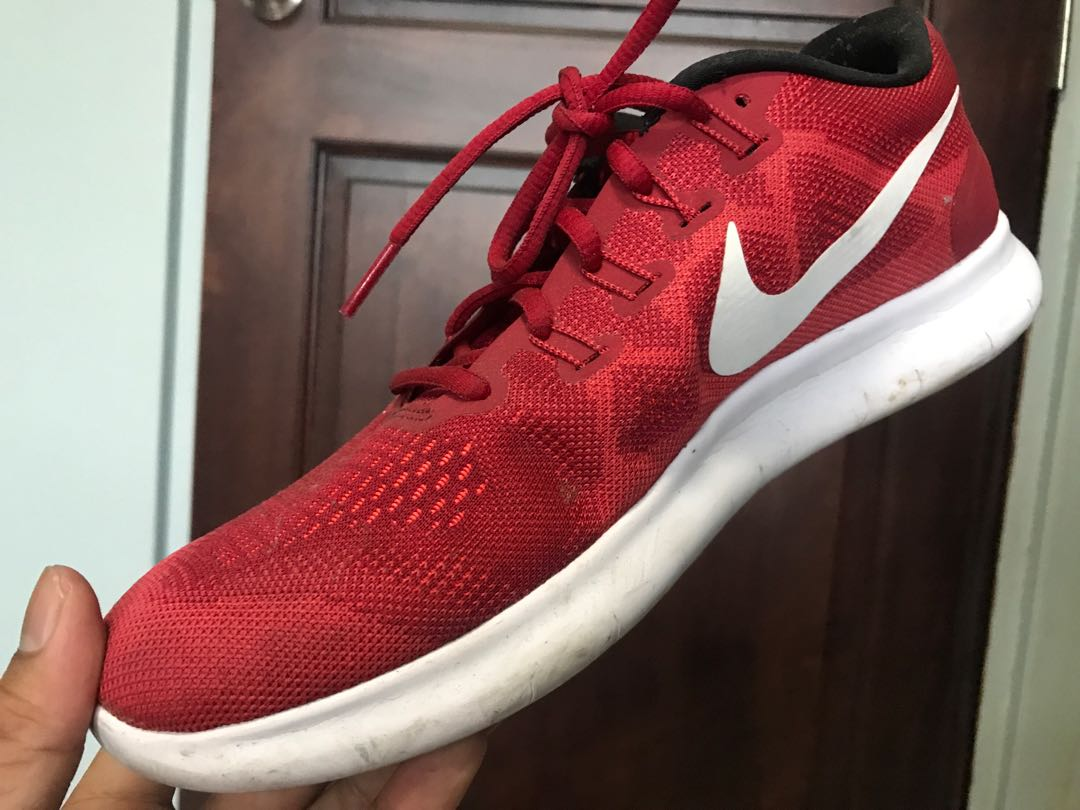 b76a03a6ab1a NIKE FREE RN 2017 RUNNING SHOES RED