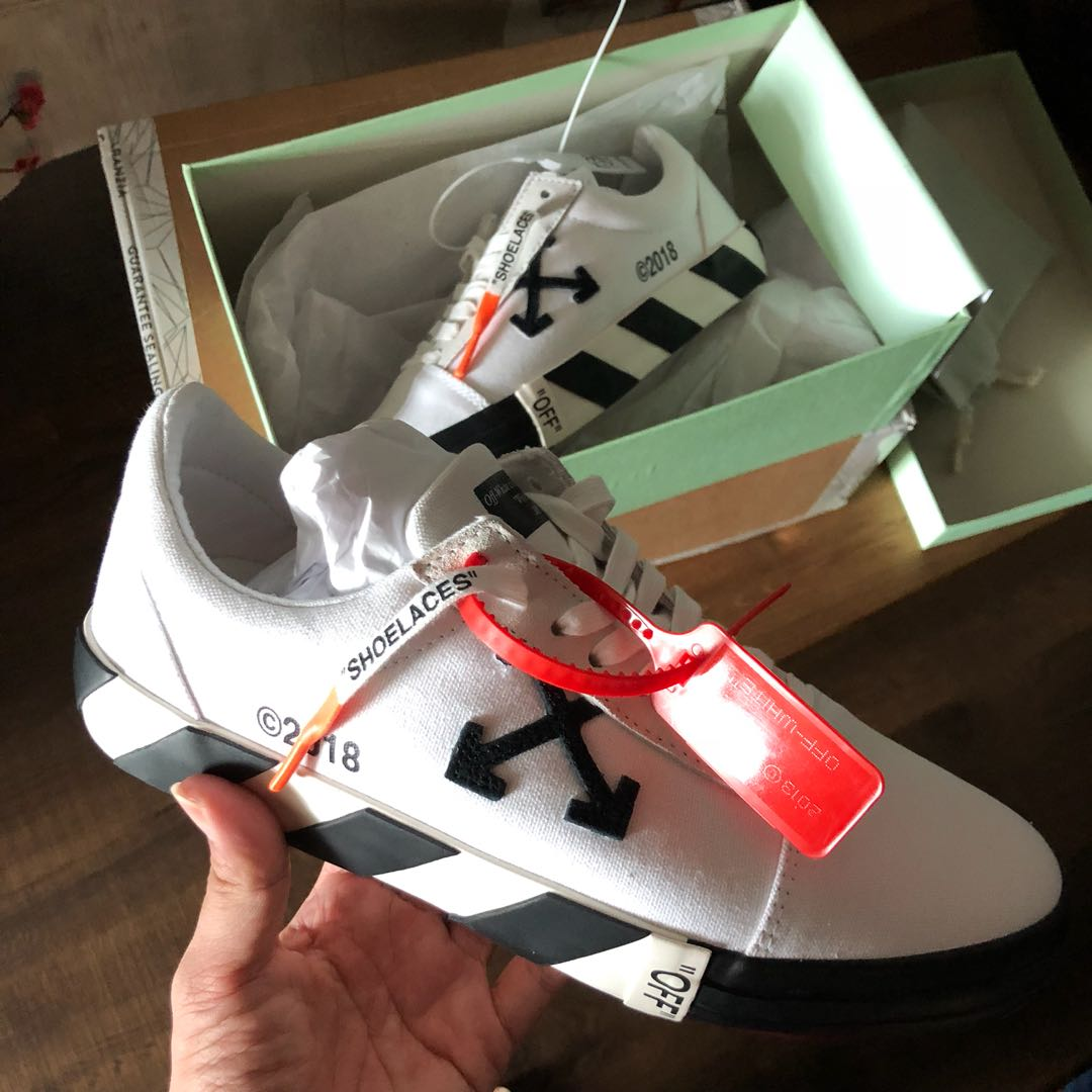 d2fb95e433 Price firm   Euro 43 Off White Vulc Low Sneaker Offwhite Vans old ...