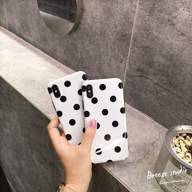 Vintage dotted iPhone case