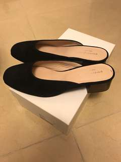 New giordano ladies 有踭黑色鞋 size 38