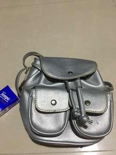 $15店小背包