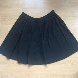 (US 3X) Preloved FOREVER 21+ black pleated skirt