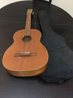 Classical Guitar with bag